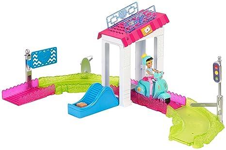 Casa Ufficio Barbie : Barbie fhv85 on the go ufficio postale playset: amazon.it: giochi e