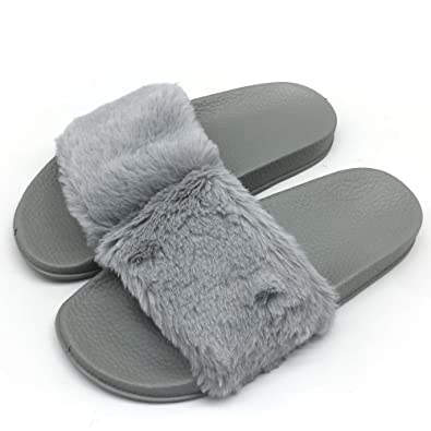 102a4c9d4c37 Womens Faux Fur Flat Slide Sandals Arch Support Fluffy Plush Slip on Shoes  Indoor House Slippers