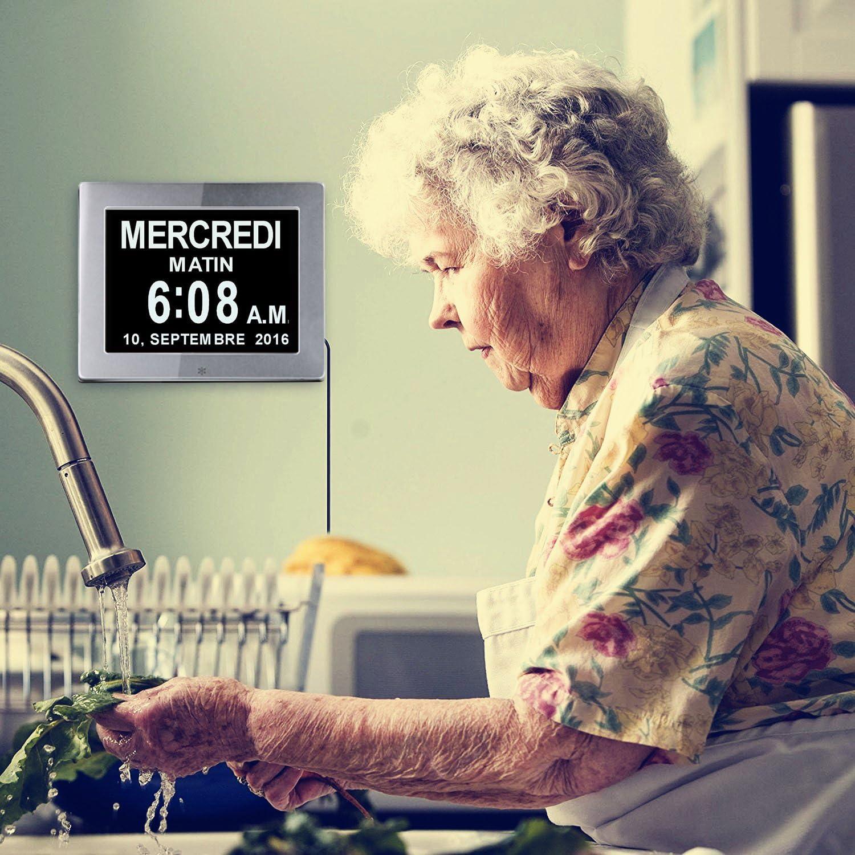 Argent Jour Et Heure Horloge Alzheimer Horloge pour Les Seniors,Cest pour Les Parents Grands-Parents Et Enfants-12 et 24 Heures IFIRE 8 LCD Horloge Num/érique Calendrier avec Date
