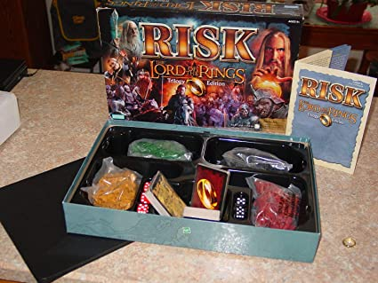 Risk: Lord of the Rings Trilogy Edition by Parker Brothers: Amazon.es: Juguetes y juegos