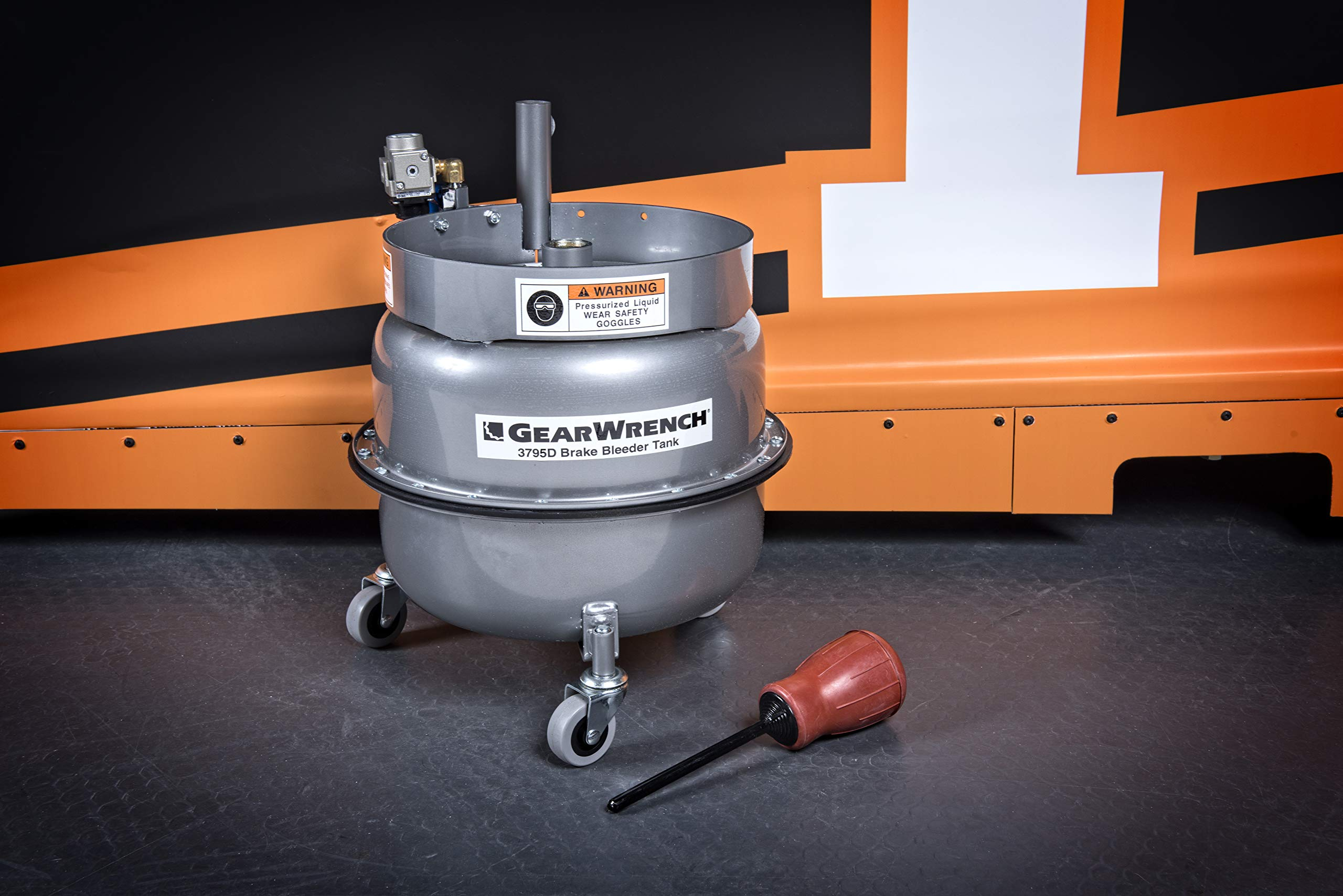 GEARWRENCH 3795D Brake Bleeder Tank by GearWrench (Image #3)