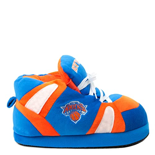 en présentant professionnel de premier plan limpide en vue Sleeper'z - Chaussons Officiels Basketball NBA New York Knicks- Adulte  Homme Femme