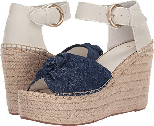 9beeb249170 Amazon.com | Marc Fisher LTD Women's Anty 2 | Sandals