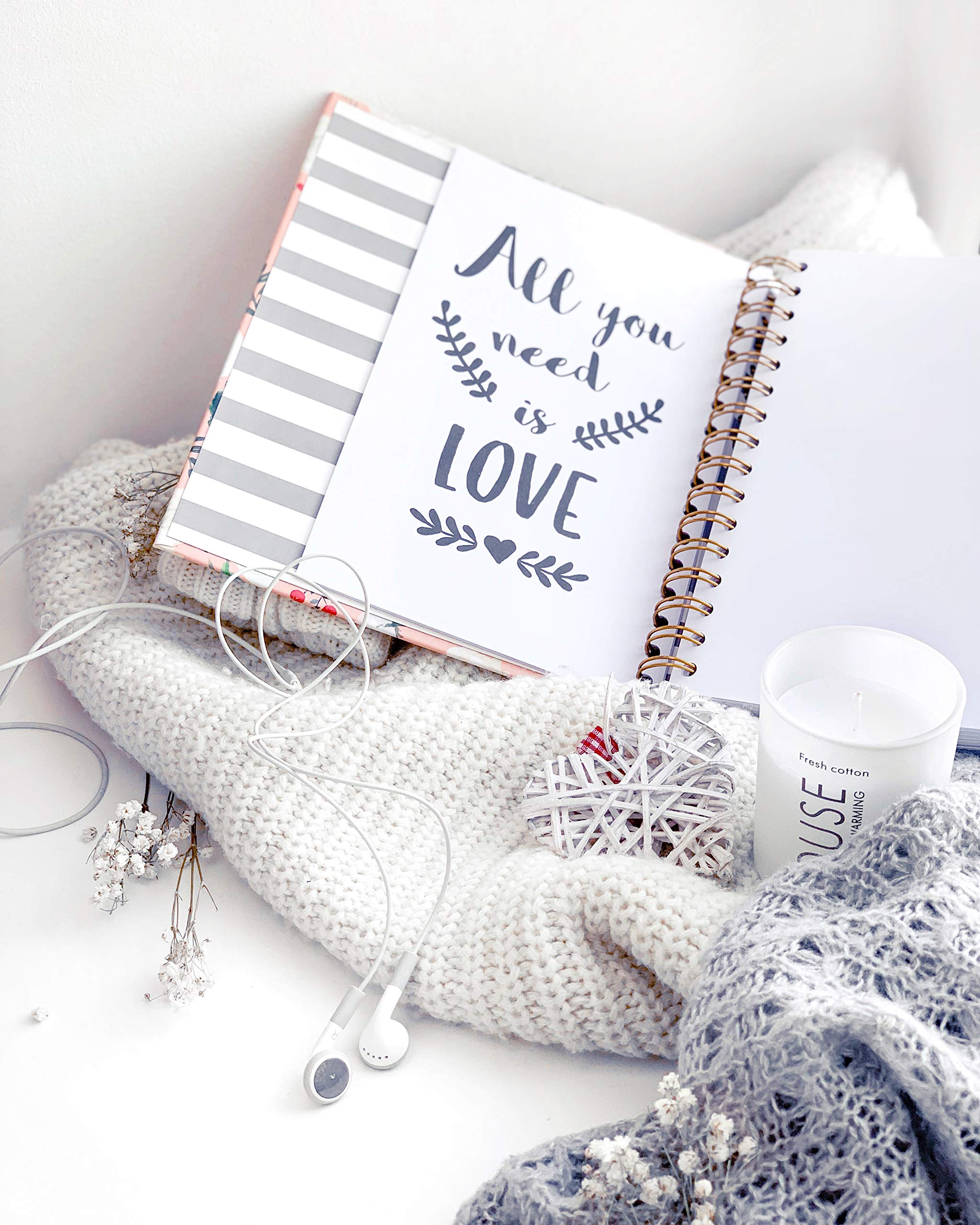 The Dream Wedding Planner | Luxury Wedding Organizer Book with Beautiful Souvenir Gift Box | Ideal Engagement Present for Couples | Perfect for Planning Your Dream Wedding by The Caledonia Design Co. (Image #6)
