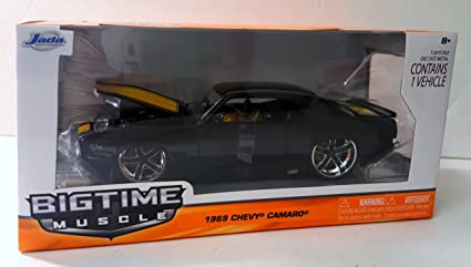 Amazon Com Jada Bigtime Muscle Car Black With Yellow Racing Stripes