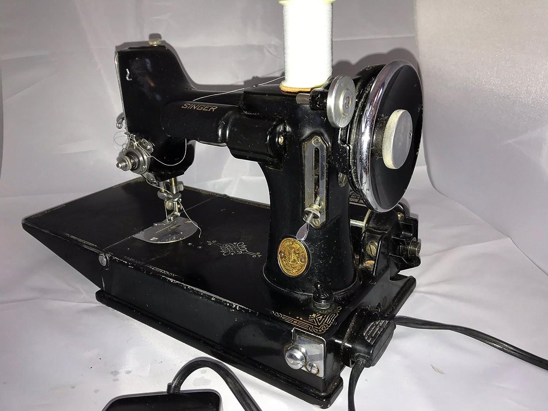 Singer 221K Featherweight Sewing Machine