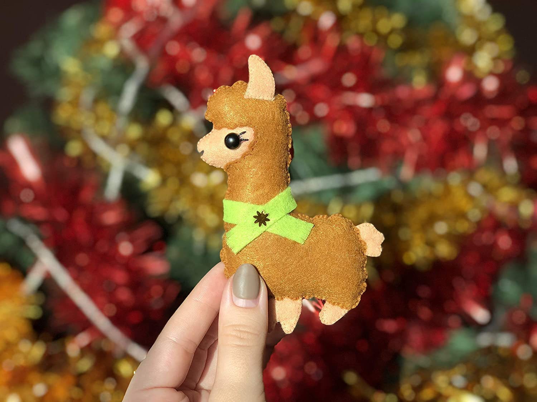 Handmade Plush Toy Llama Felt Lama Ornament for Christmas Tree Alpaca Wall Decor Nursery Baby Shower Brown Cartoon Animals Decoration for Babies Room Xmas Figure