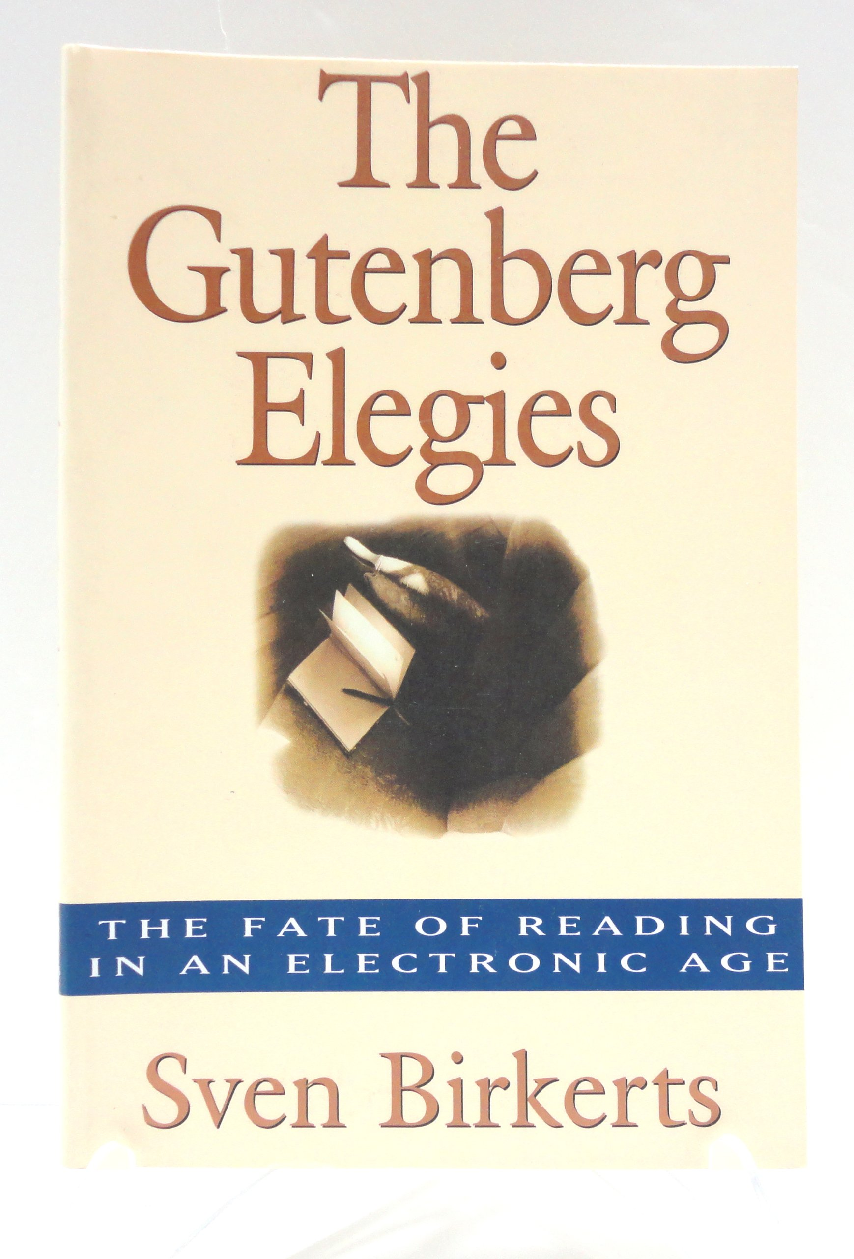 Amazon | The Gutenberg Elegies: The Fate of Reading in an Electronic Age |  Sven Birkerts | Movements & Periods