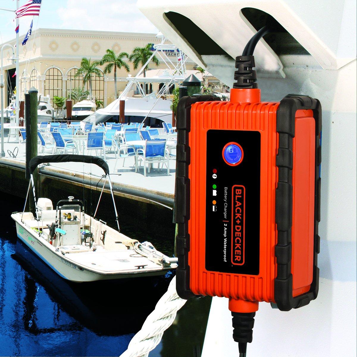 Amazon Com Black Decker Bc2wbd Fully Automatic 2 Amp 12v Waterproof