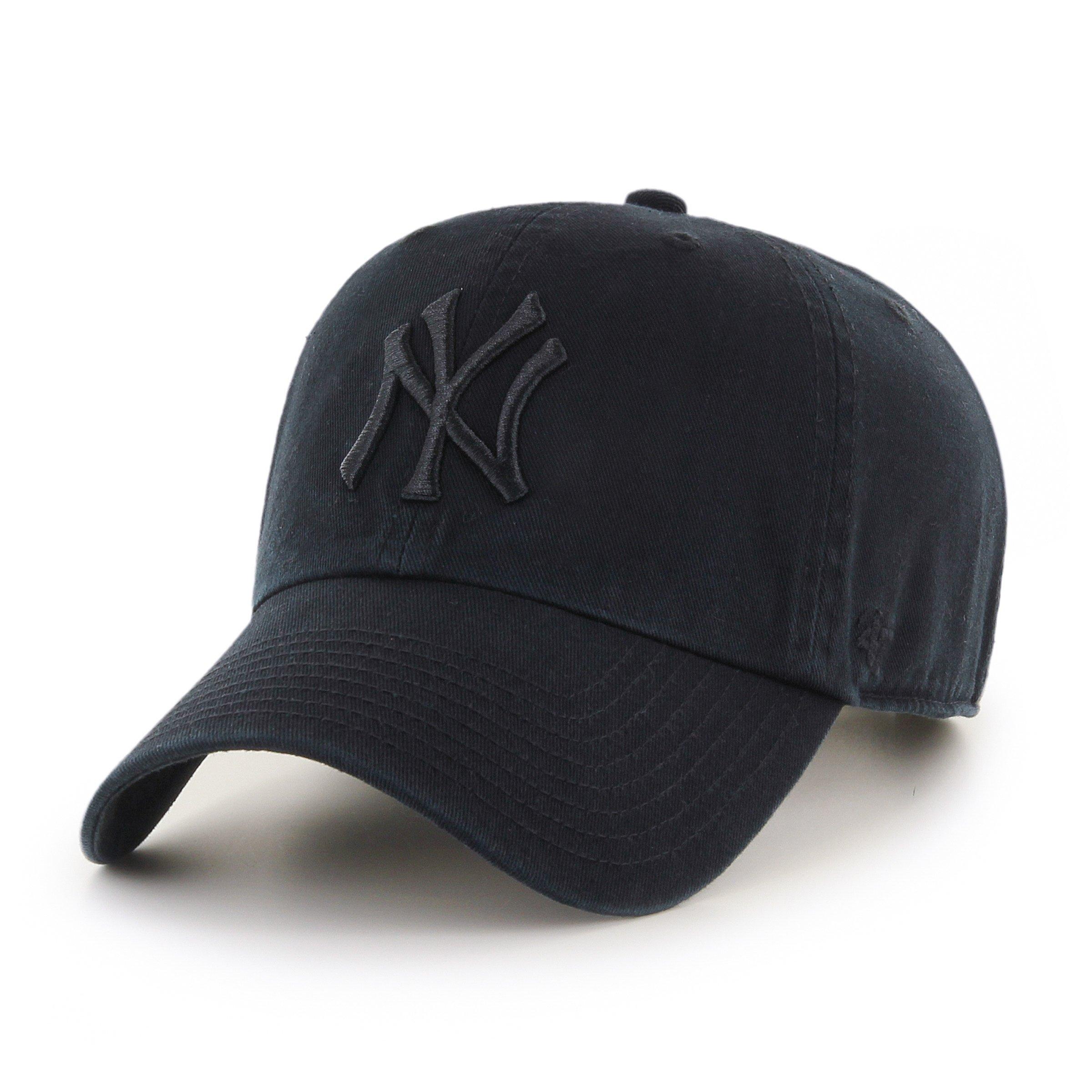 '47 New York Yankees Strapback Brand Clean Up Adjustable Cap Hat (Black on Black)