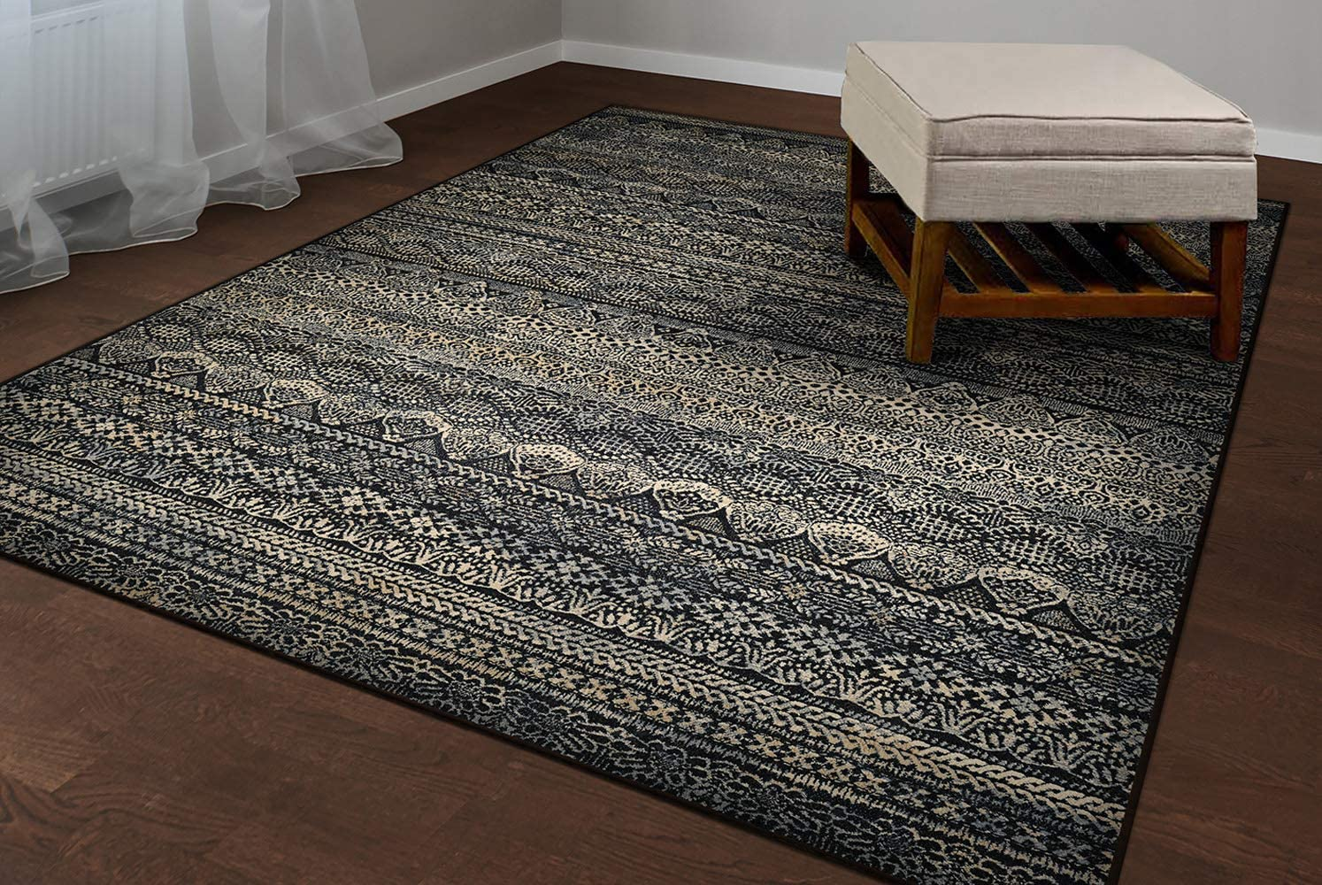 Couristan Easton Capella Area Rug, 5 3 X 7 6 , Black Grey
