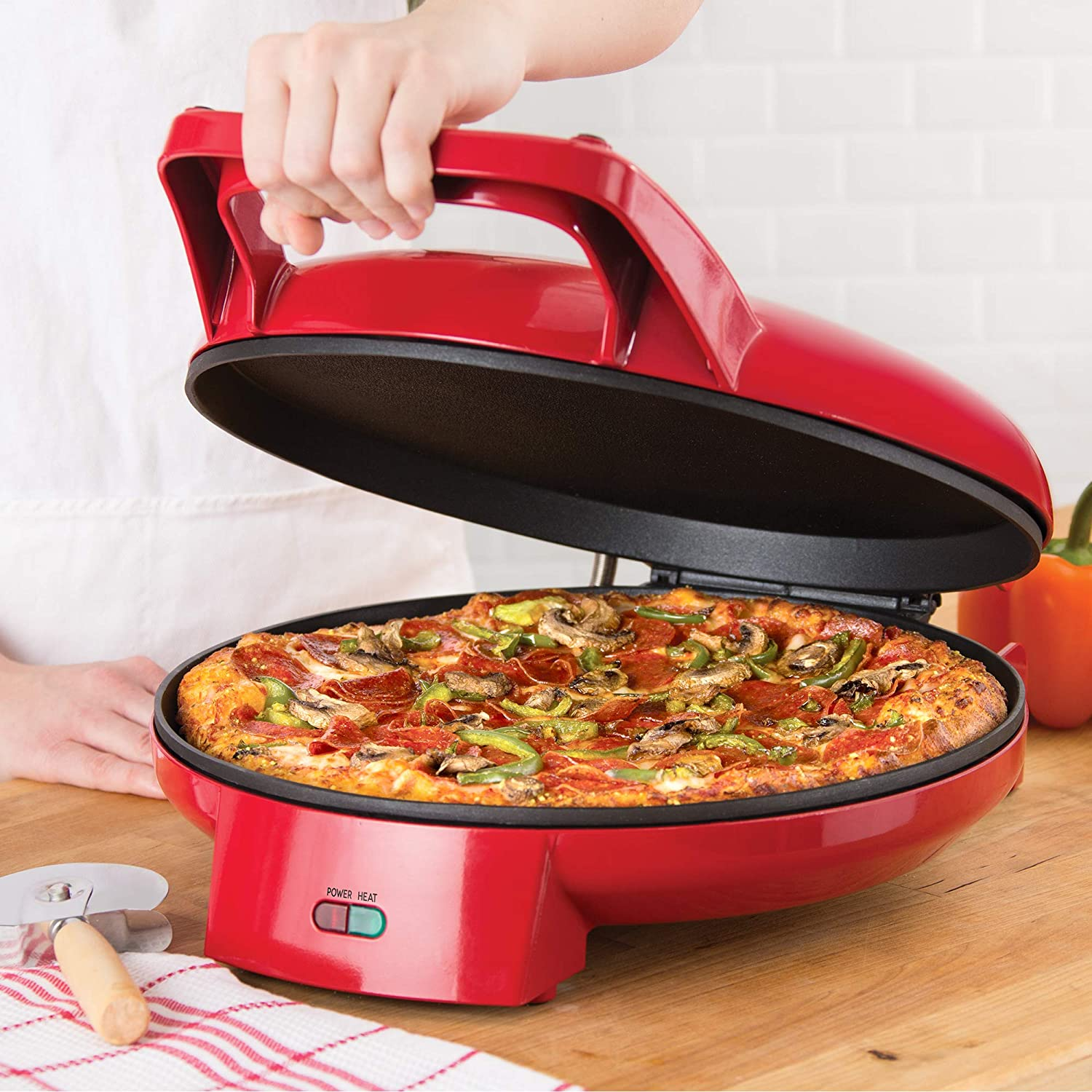 Cookies Breakfast /& More Red Fajitas Dash DPS001RR Double Up Compact Electric Skillet Hot Oven Cooker with Dual Cooking Pans Nonstick Indicator Light Recipe book for Pizza Burgers