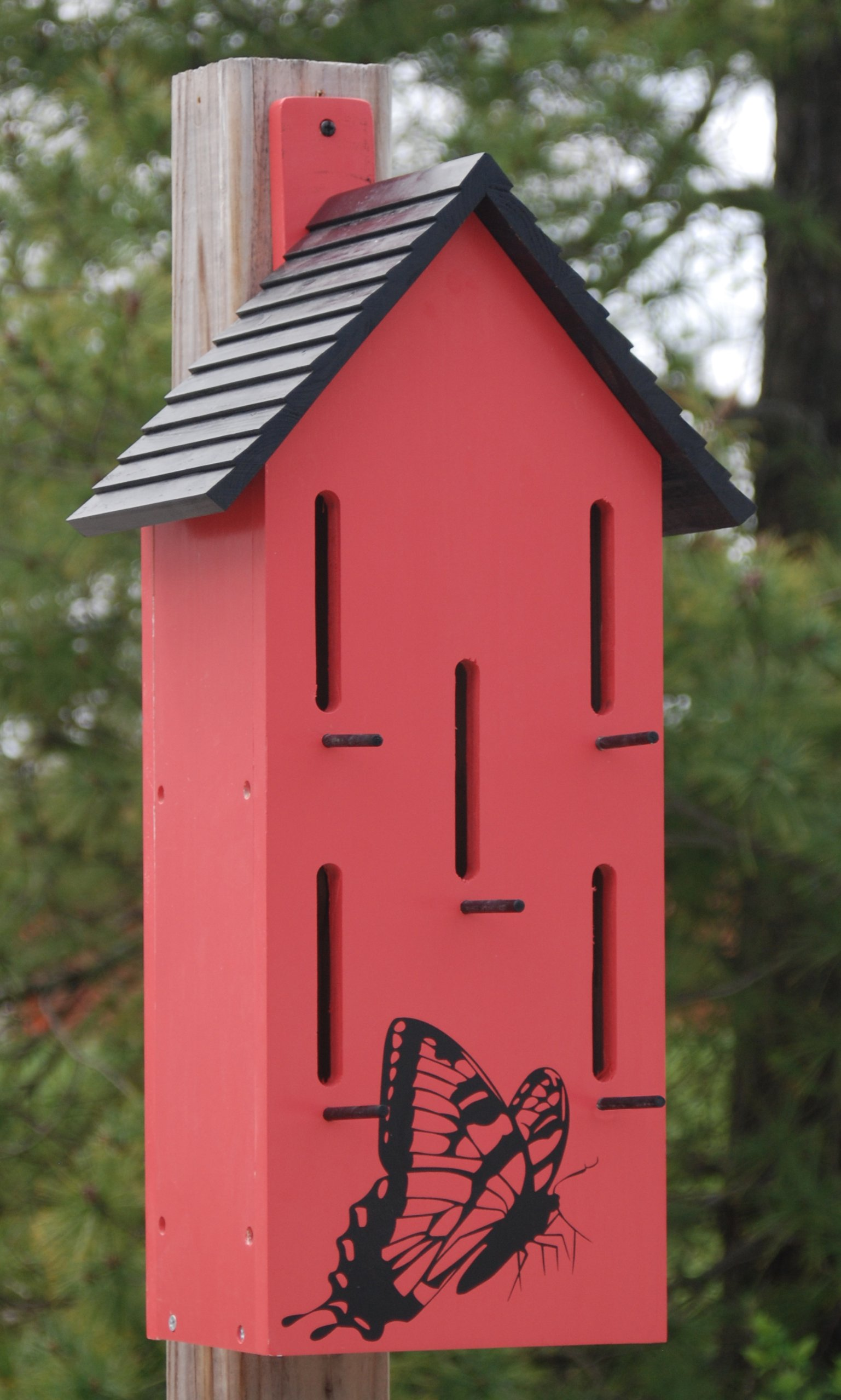 BestNest Classic Butterfly House with Perches, Red