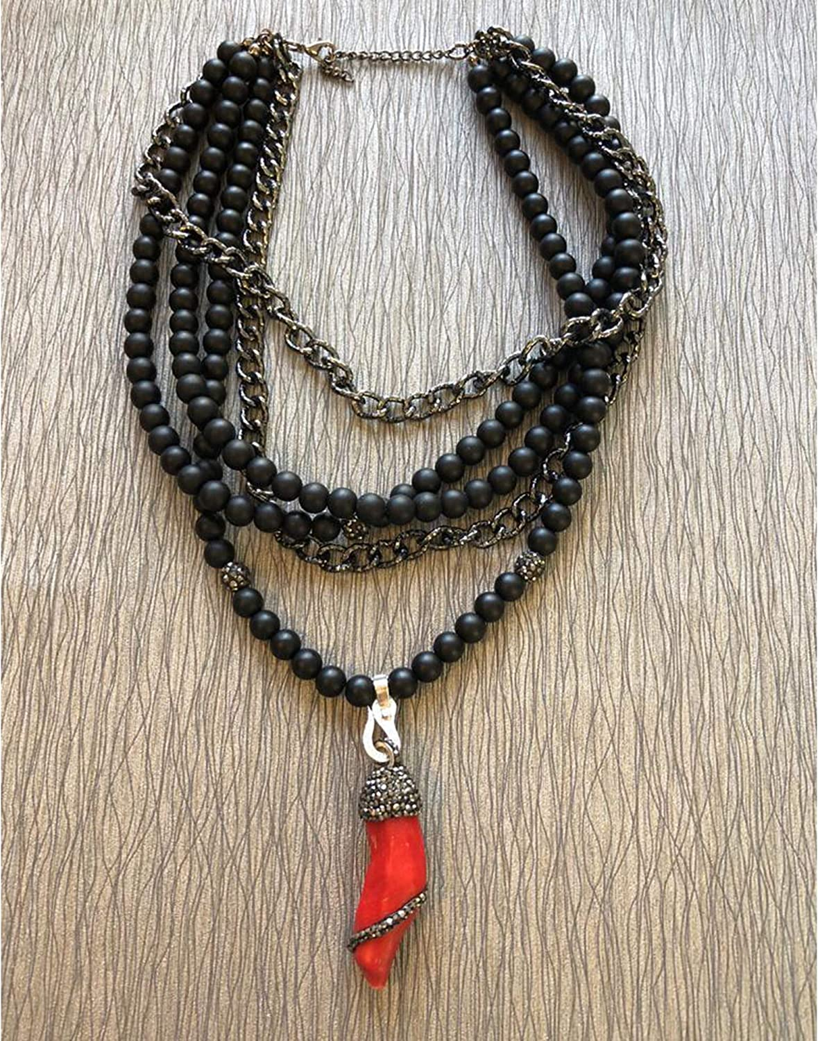 VQ Concept Coral Ended Short Chain Necklace with Oniks Stone for Women Girls Handmade Gift