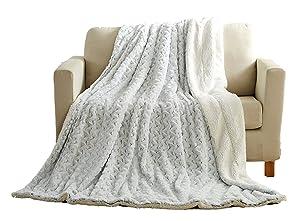 Tache Super Soft Warm Fluffy Faux Fur Sherpa Black Bed Blankets Queen (Snowy Owl, 90x90)