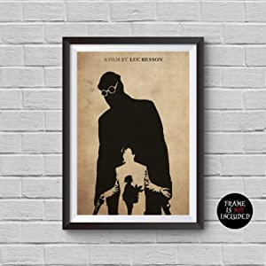 Leon The Professional Minimalist Poster Luc Besson Alternative Movie Print Jean Reno Gary Oldman Natalie Portman Cult Classic Movie Illustration Home Decor Cinema Artwork Wall Art Hanging Cool Gift