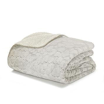 sofy couvre lit en fausse fourrure 220x250cm beige alinea 2500x220 - Couvre Lit Alinea