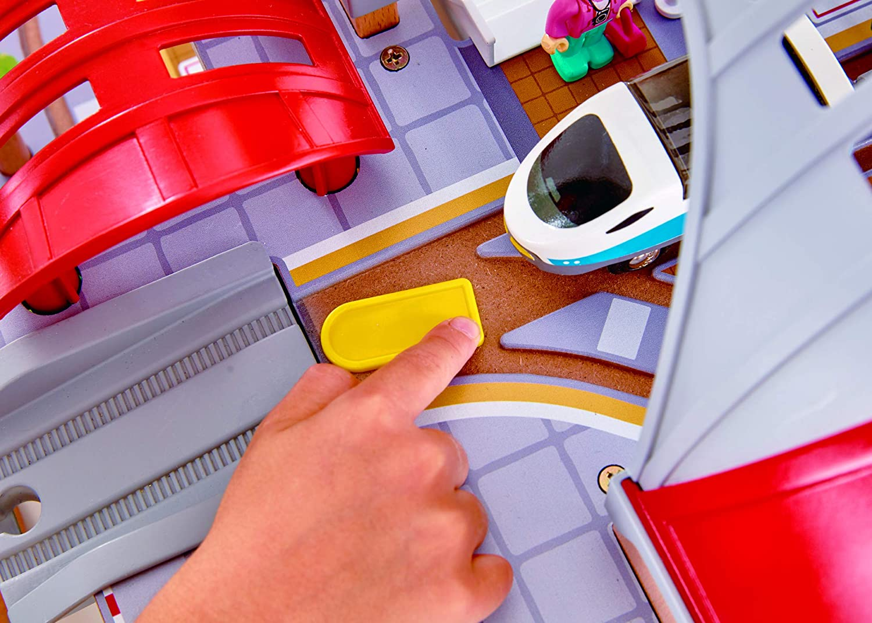 Hape E3725 Grand City Station Railway Playset Multicolor