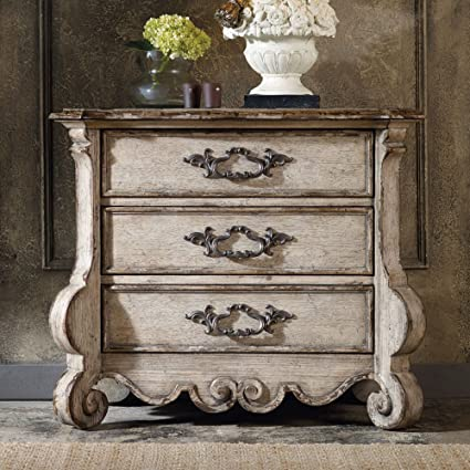 Incroyable Hooker Chatelet 3 Drawer Nightstand In Distressed Vintage White