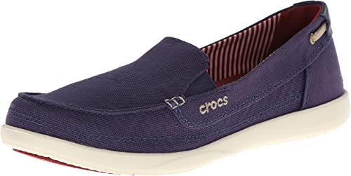 Amazon.com   Crocs Women's Walu Loafer