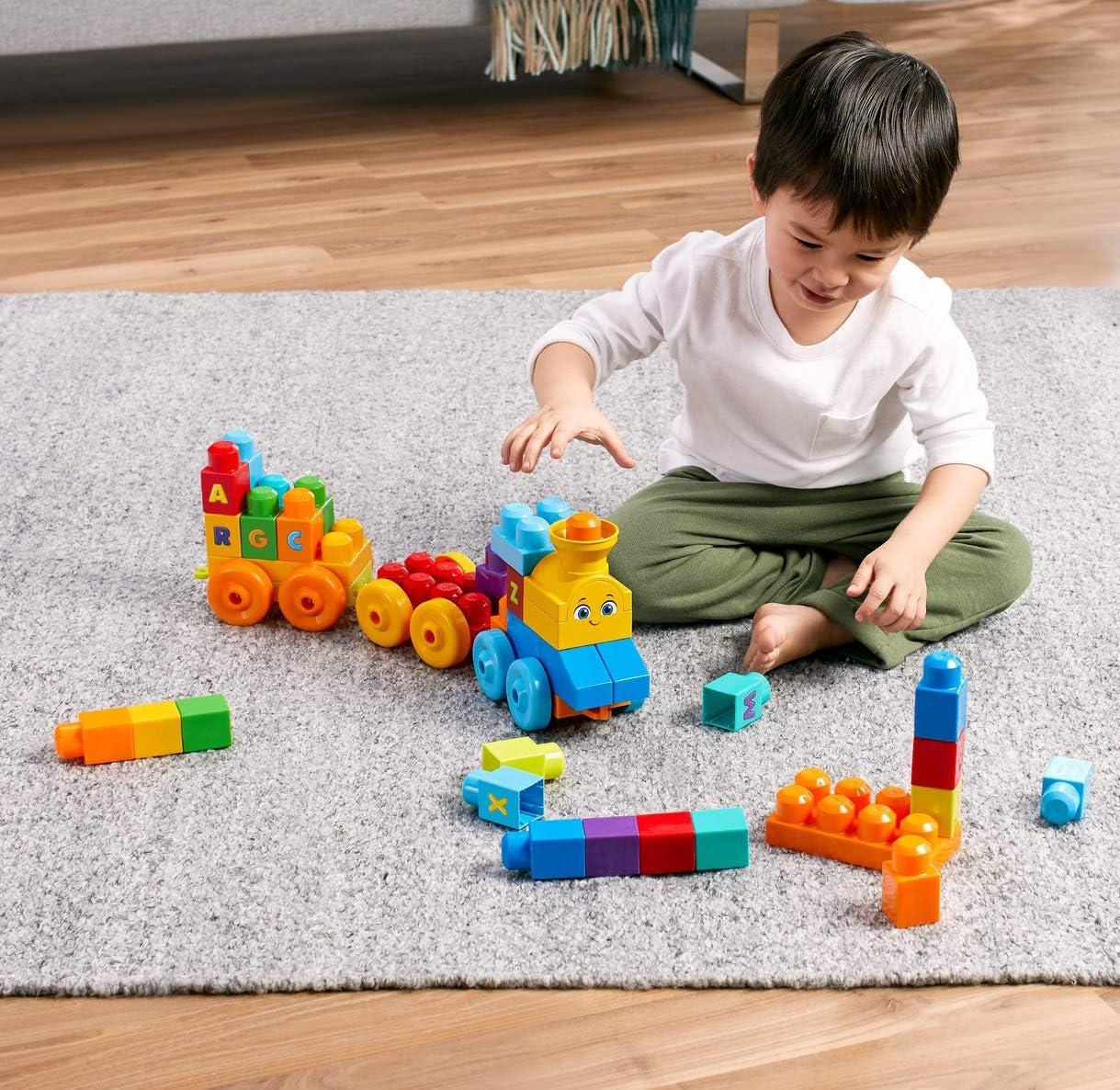Mega Bloks Pull-Along Puppy Preschool Building Set with Block Pooping