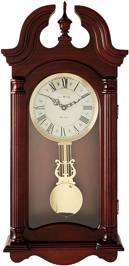 Amazon Com Howard Miller 625 253 Everett Wall Clock Home Kitchen