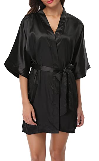 Being Young Women s Short Satin Kimono Robe Lightweight Bathrobe with  Pockets for Bride and Bridesmaid Black 3acdd12c7