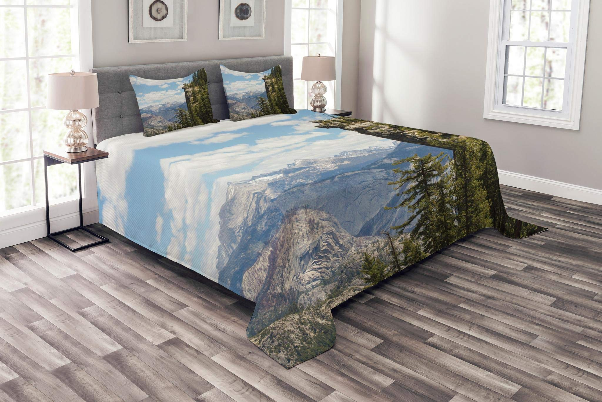 Lunarable Landscape Bedspread Set King Size, Photograph of Cliffs in Yosemite National Parks Wall Art Cathedral Peaks Area, Decorative Quilted 3 Piece Coverlet Set with 2 Pillow Shams, Green Blue