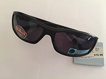 3ece4384bf Image Unavailable. Image not available for. Color  2 Pairs Foster Grant  Maui And Sons Cabana Sport Sunglasses Black