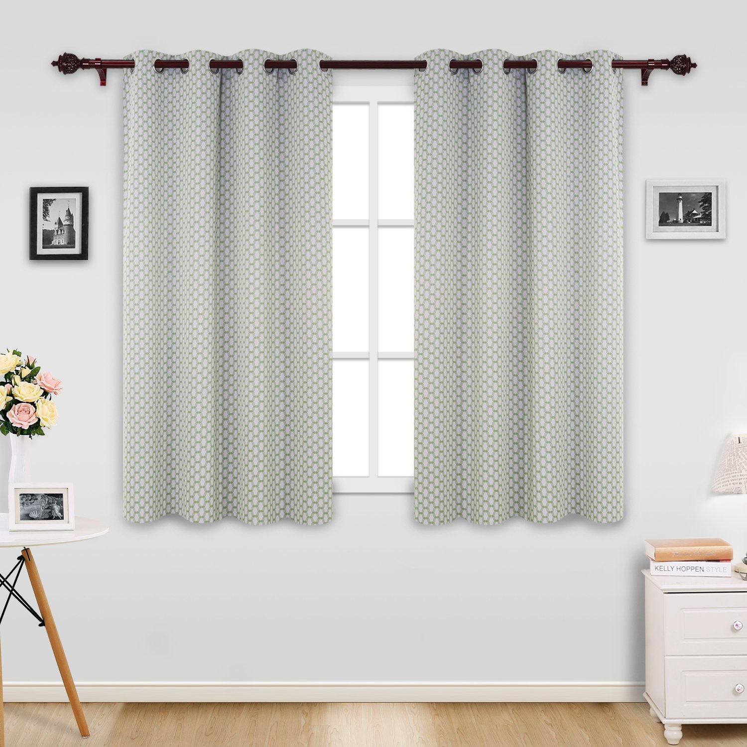 Deconovo Moroccan Designed Energy Efficient Curtains Grommet Hotel Qulity Green Blackout Curtains for Living Room 52x63 Inch 2 Panels