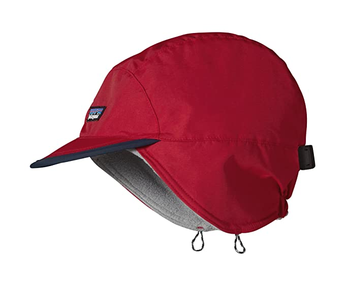 9d30651e48a Patagonia Shelled Synch Duckbill Cap (Red)  Amazon.ca  Clothing ...
