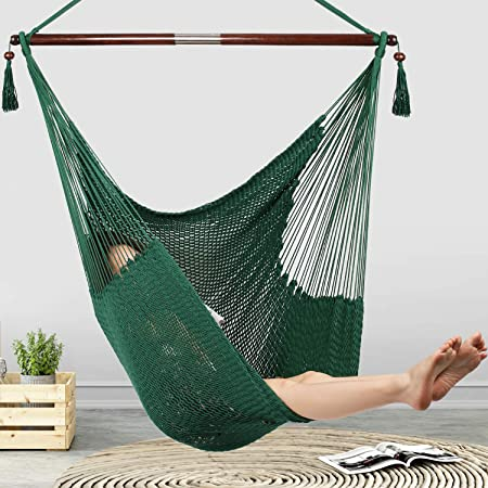Amazon Com Bathonly Large Caribbean Hammock Hanging Chair Durable Polyester Hanging Chair Swing Chair W Foldable Spreader Bar For Indoor Outdoor Garden Living Room Green Garden Outdoor