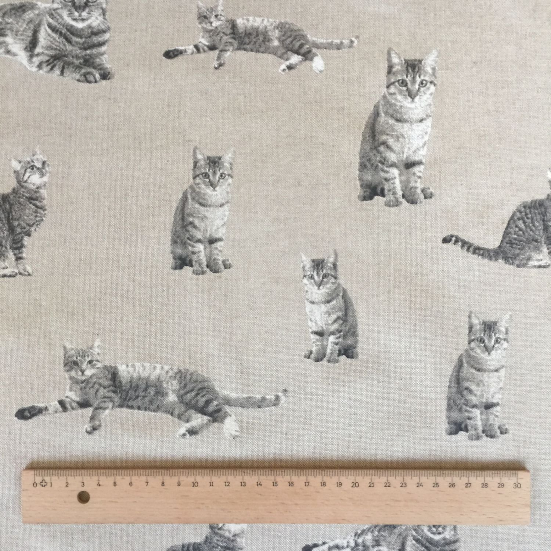"Black Cats Design Cotton Rich Linen Fabric Curtaining /& Upholstery 54/"" Width"
