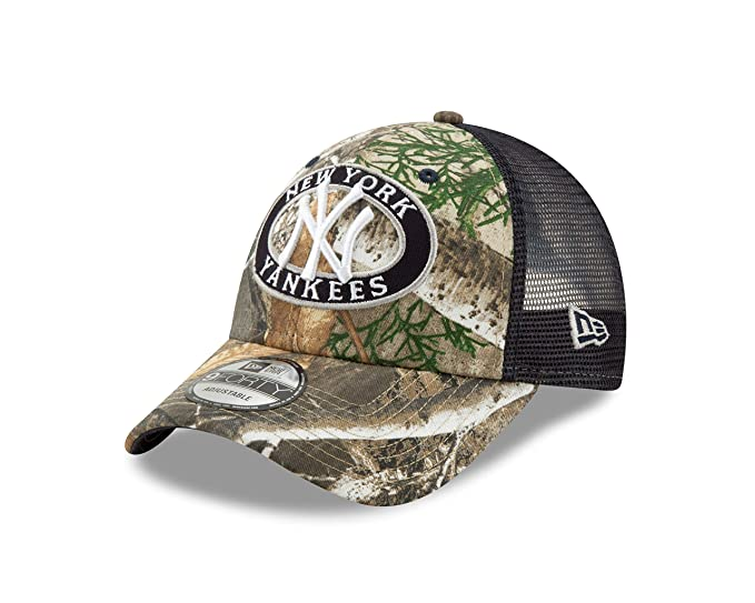 51c6d8d67 Amazon.com : New Era New York Yankees Realtree Camo Patched Trucker ...