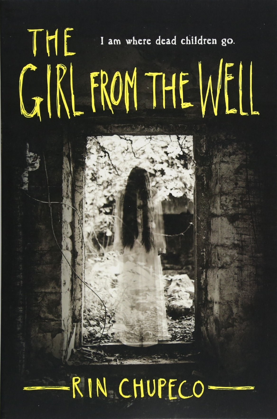 Amazon.com: The Girl from the Well (0760789249730): Chupeco, Rin ...