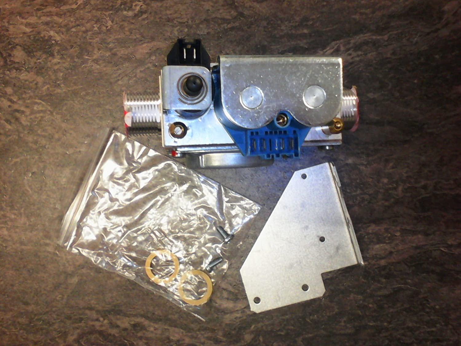 Worcester 24CDi & 28CDi Gas Valve 87161026730, Dungs BM771SL-040