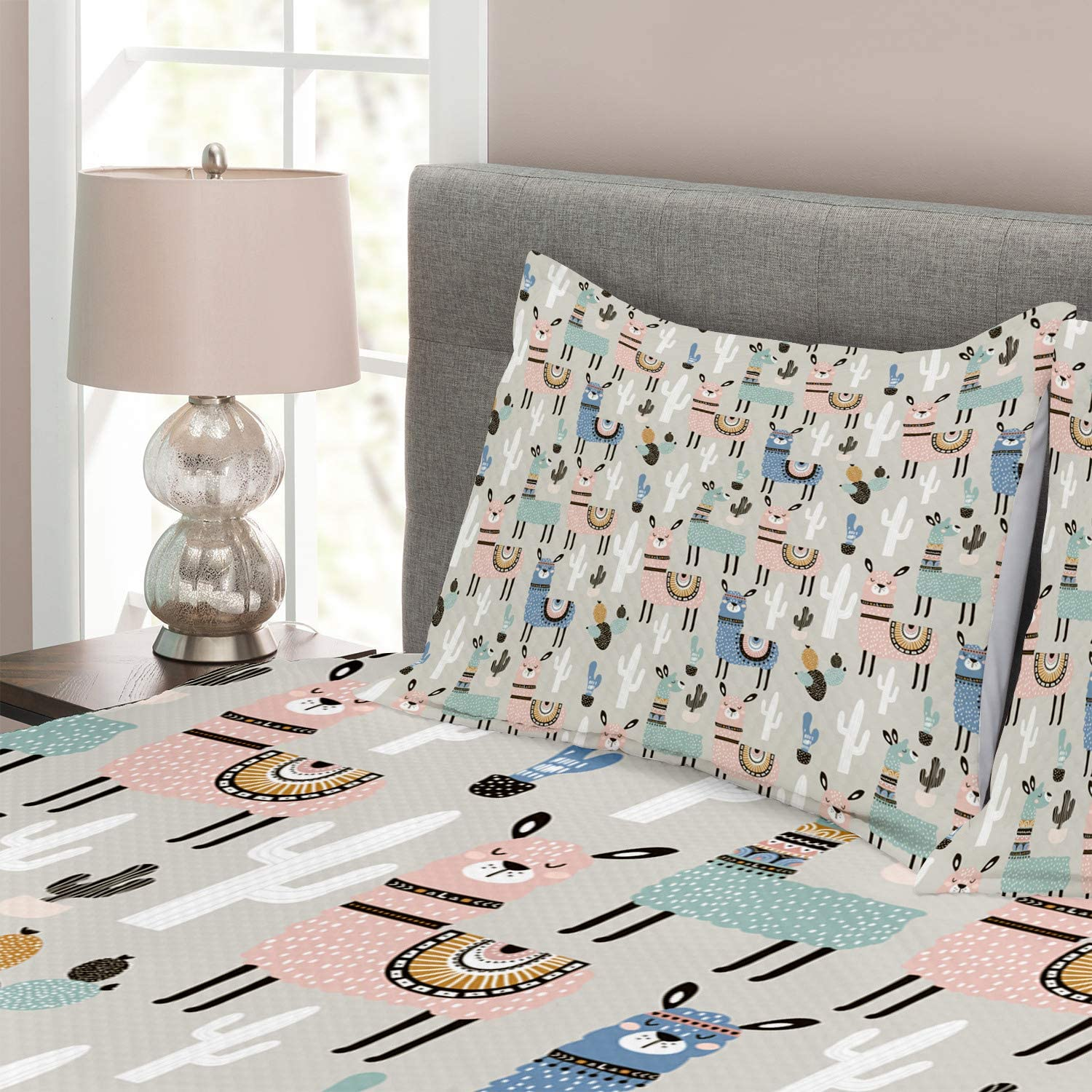 Decorative Quilted 3 Piece Coverlet Set with 2 Pillow Shams Multicolor Llama Guanaco South American Animals Childish Hand Drawn Style Cartoon Art Print Queen Size Ambesonne Doodle Bedspread