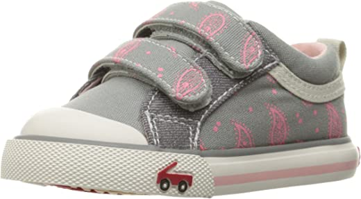 See Kai Run Unisex-Child Robyne Sneaker