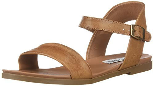 4cdaaef1f88 Steve Madden Womens Daelyn Flat Sandals  Amazon.ca  Shoes   Handbags