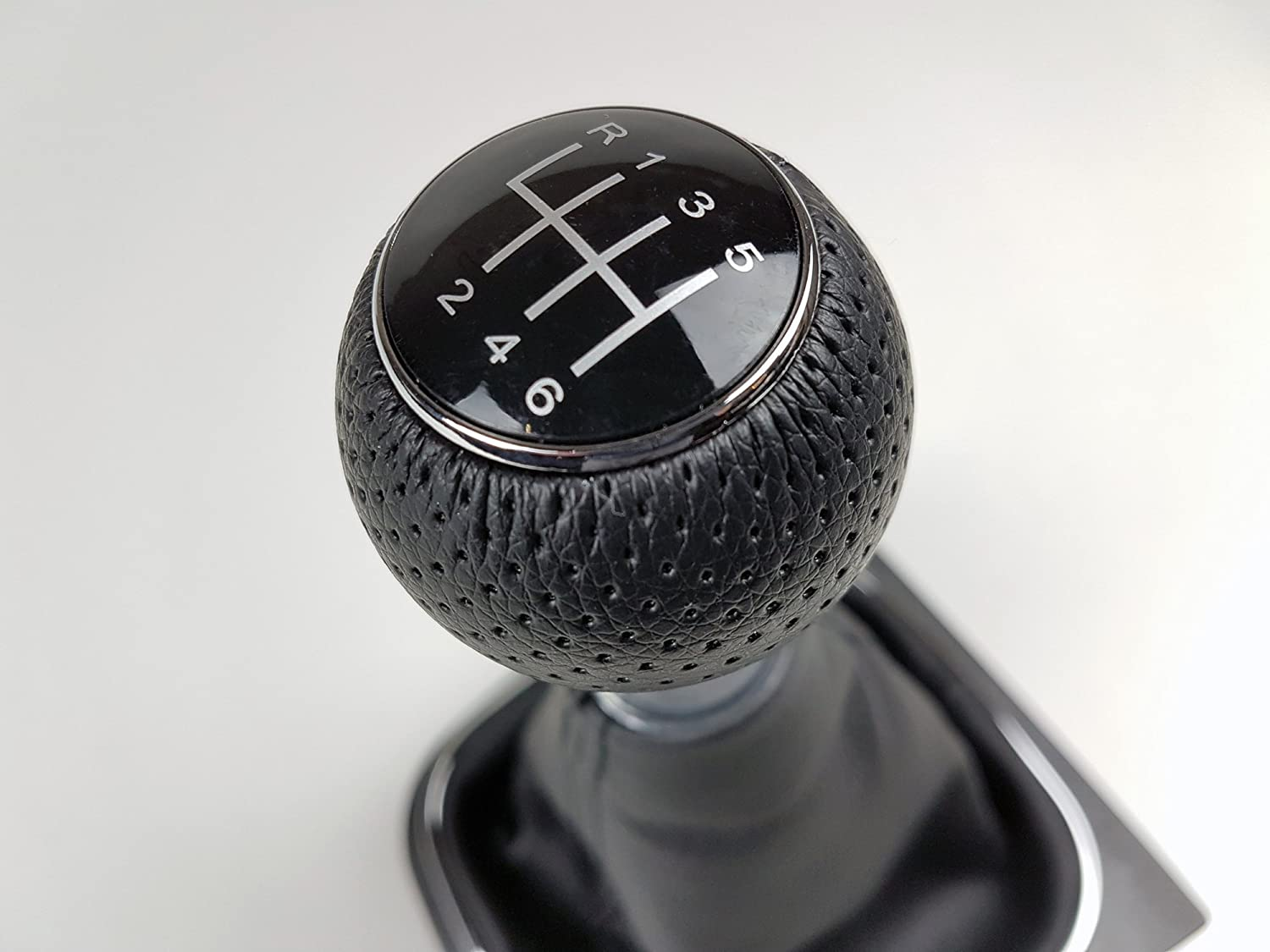 1K0711113 2004-2009 New 6 Speed Manual Gear Shift Knob /& Gaiter Boot Black Leather