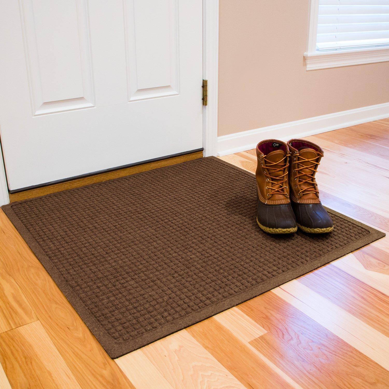 Hudson Exchange Waterhog Fashion Polypropylene Fiber Entrance Indoor/Outdoor Floor Mat, 35'' L x 35'' W, 3/8'' Thick, Dark Brown