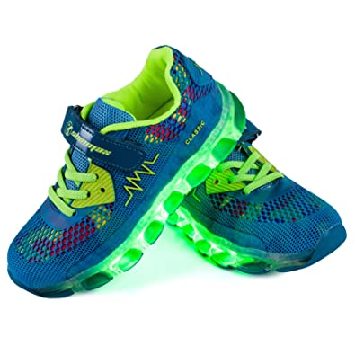 Shinmax LED Shoes 7 Colors LED USB Rechargable Light up Shoes of Unisex Men  and Women with USB Chargable for Thanksgiving Day Valentine s Day Party ... 39b3445d86