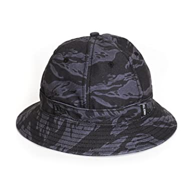 UNDEFEATED Tiger Camo Bucket Hat (S M 409053a2a56
