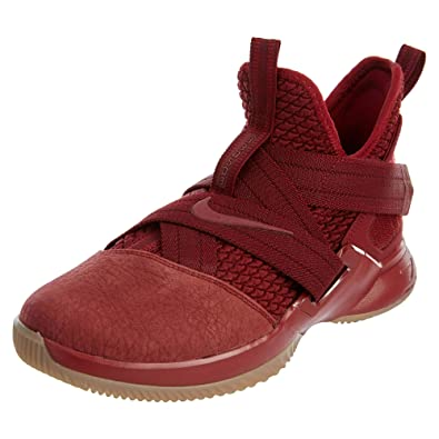 a90587cfbdfe8 NIKE Lebron Soldier XII SFG Big Kids Style: AO2910-600 Size: 6