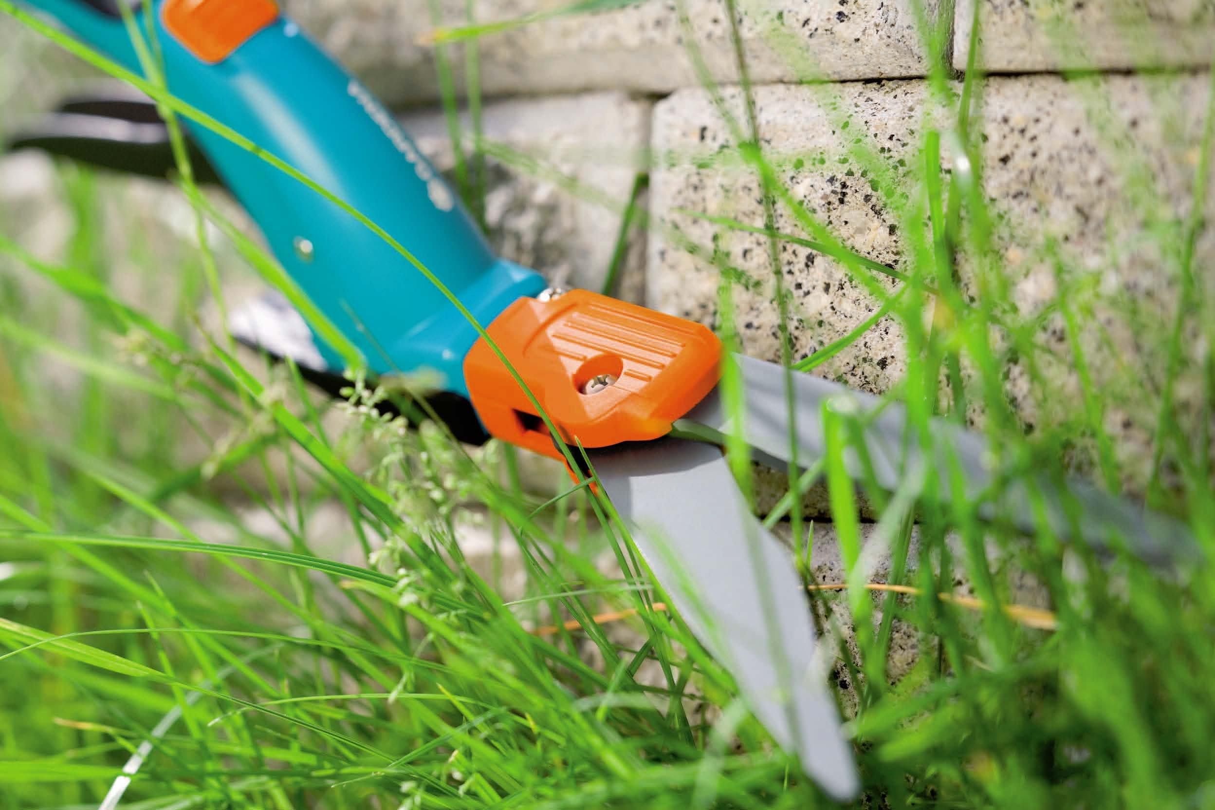 Gardena 8734 Comfort 27-Inch Swiveling Grass Shears