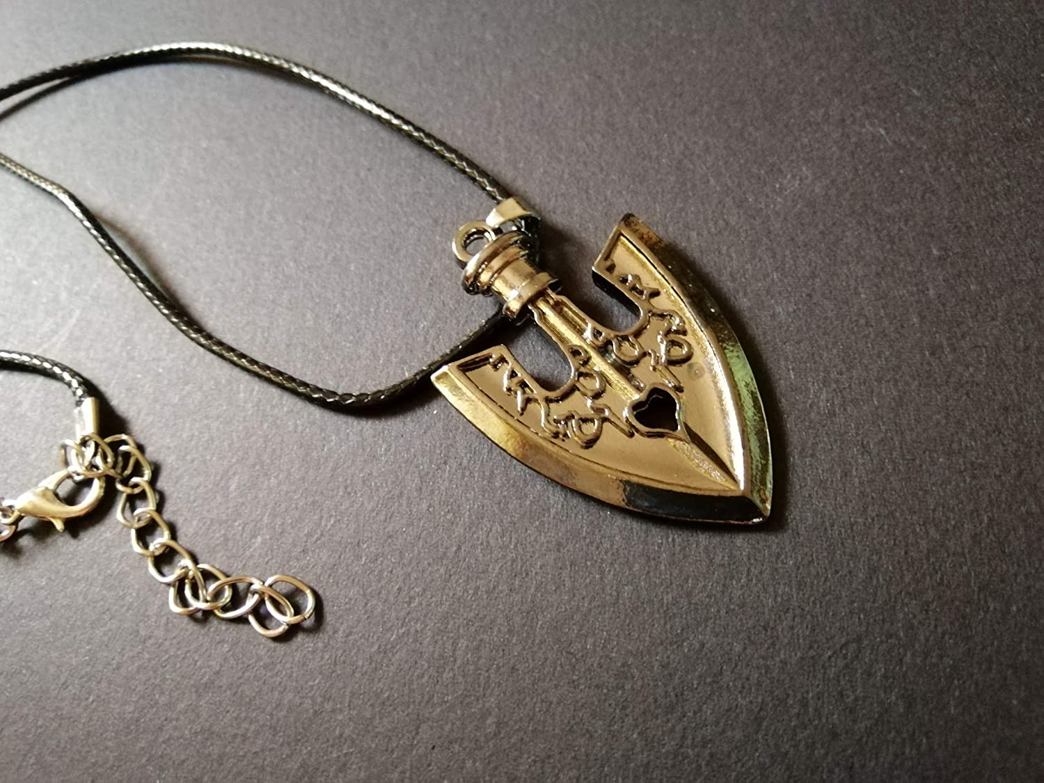Jojo Stand Arrow Necklace – All stand stats shown in the anime.