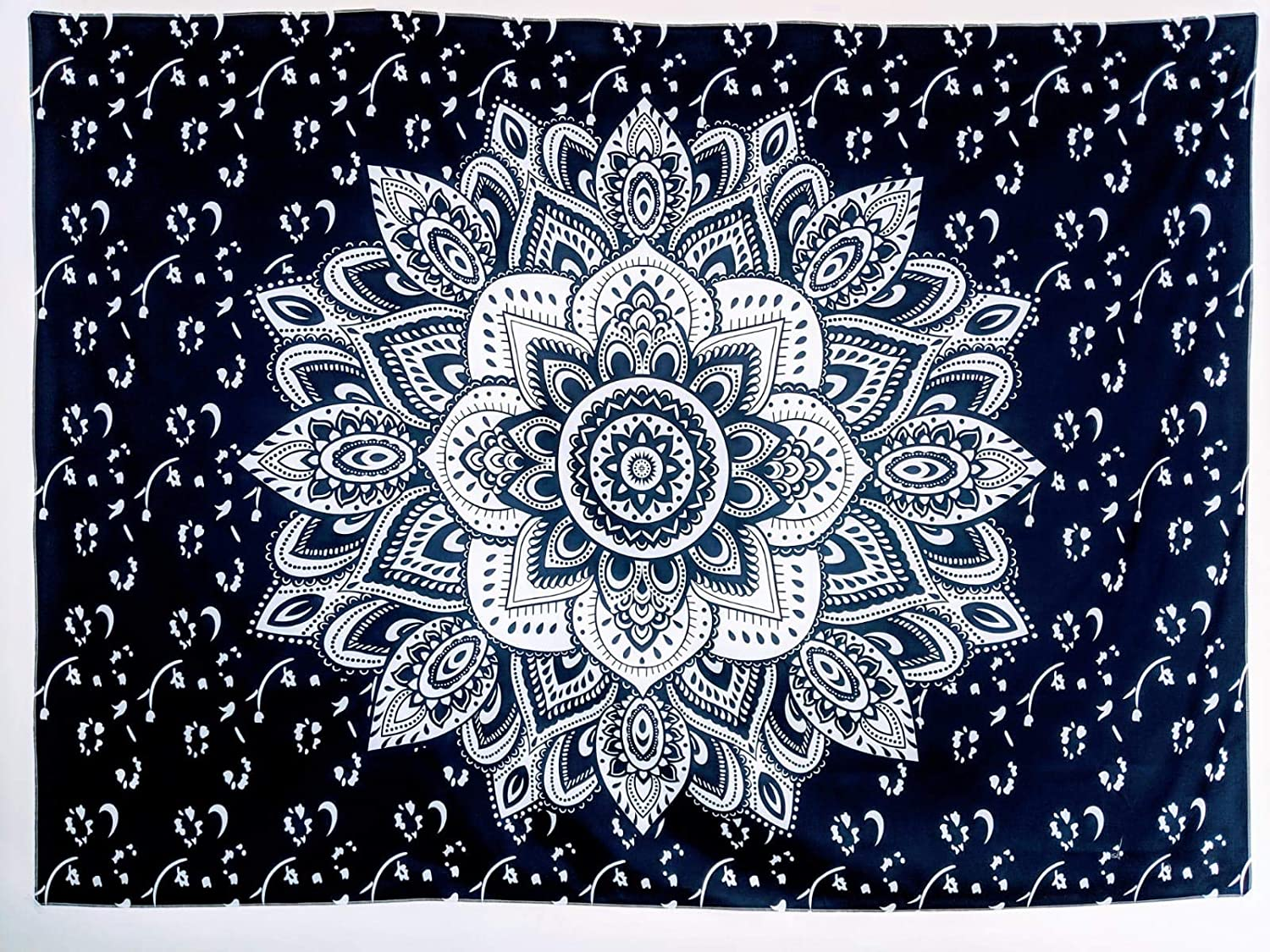 Amazon Com Baik Batik Mandala Bohemian Hippie Floral Tapestry Wall Hanging Bedding Table Top Queen Monochrome Ombre Navy Blue 80x60inches 200x150cm Home Kitchen
