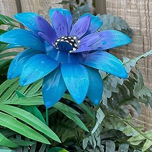 KaSilio Diamond Painting Metal Flower Garden Stakes Decor, Waterproof Plant Metal Outdoor Sunflowers Butterfly Metal Yard Art, Indoor Outdoor Lawn Pathway Patio Ornaments (Blue)