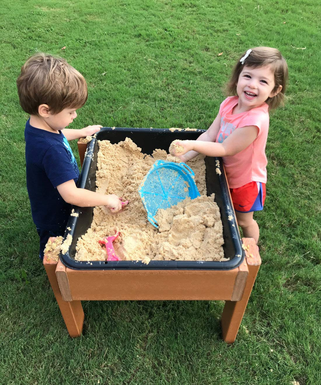 #44460 Kids' Station Outdoor Sand/Water Table w/Drain by Kids' Station by Peffer Cabinets (Image #1)