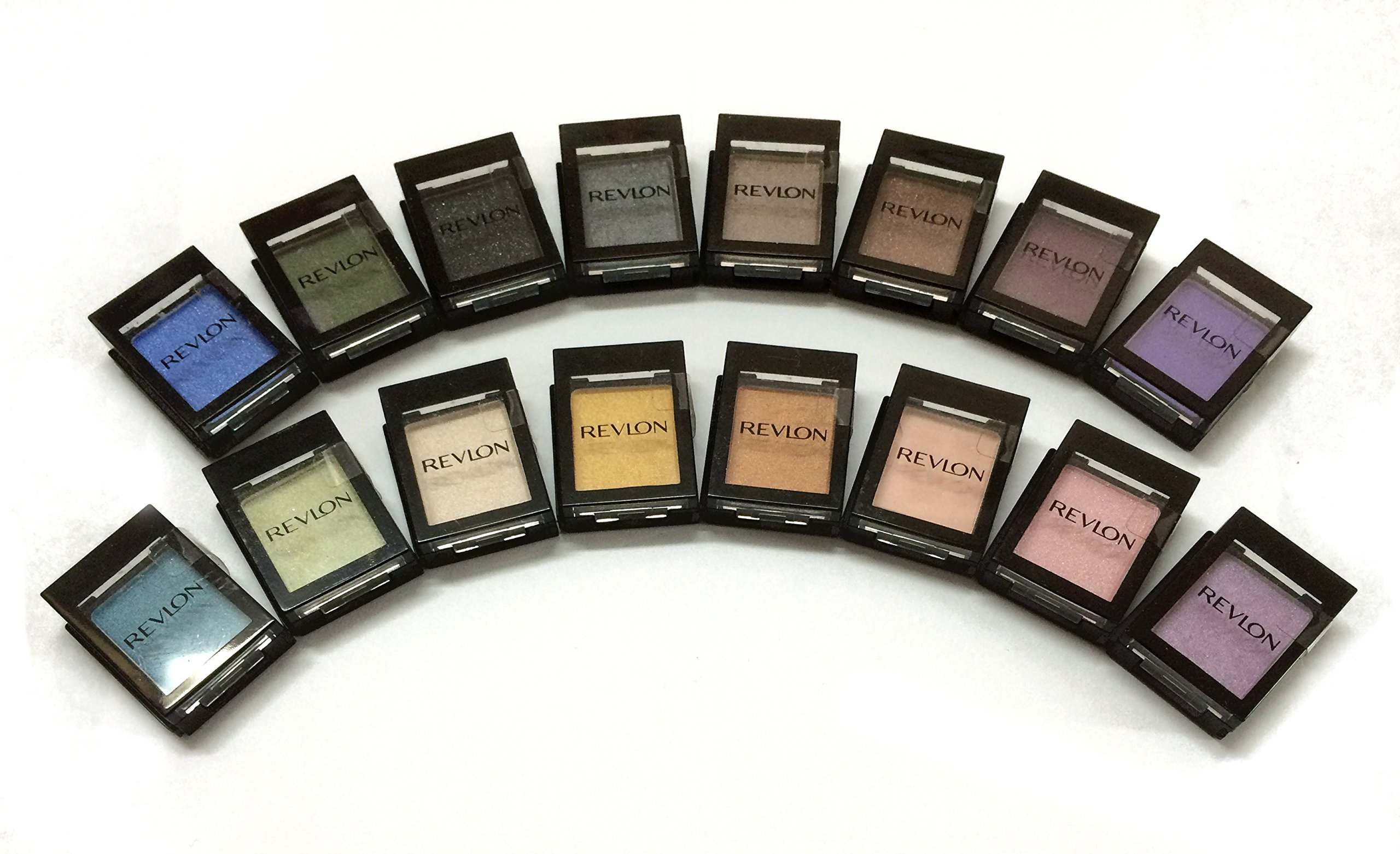 Revlon Colorstay Shadowlinks Eyeshadow Colection 16 Colors Per Pack.